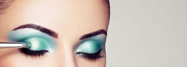 fish scales in eye shadow